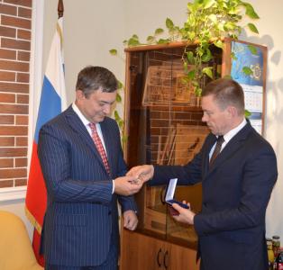Директор ВНИРО поздравил коллектив ЦУРЭН с юбилеем!